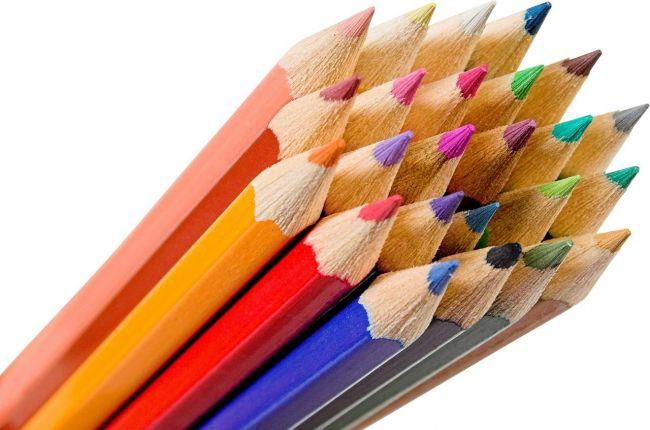 карандаши и школьные принадлежности